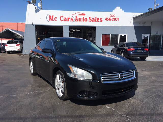 2012 NISSAN MAXIMA 35 S 4DR SEDAN black extremely low miles get the best value from your vehicl