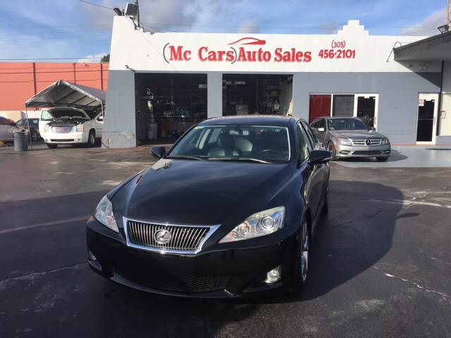 2009 LEXUS IS 250 BASE 4DR SEDAN 6A black easy financing we have banks for all types of credit w