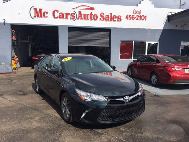2015 TOYOTA CAMRY SE 4DR SEDAN blue clean carfax one owner stunning 2015 toyota camry le thou