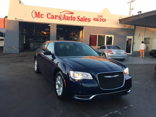 2015 CHRYSLER 300 LIMITED 4DR SEDAN blue the chrysler 300 300c is economically and environmentall