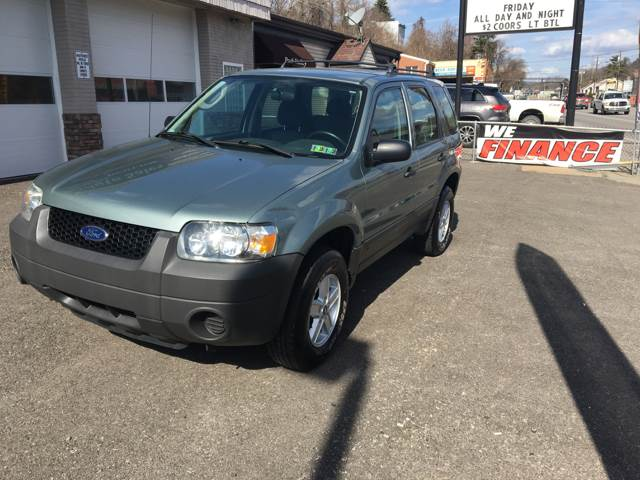2005 Ford Escape AWD XLS 4dr SUV - Pittsburgh PA