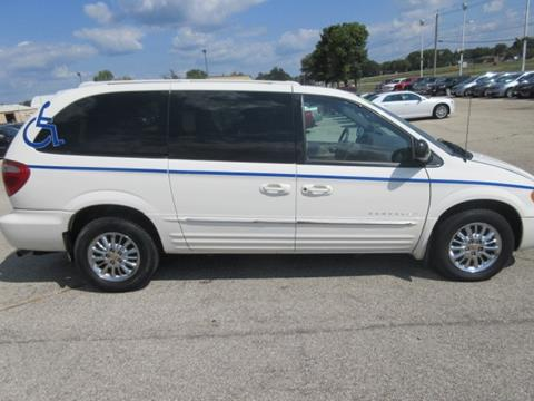 2001 Chrysler Town and Country for sale in Waverly IA