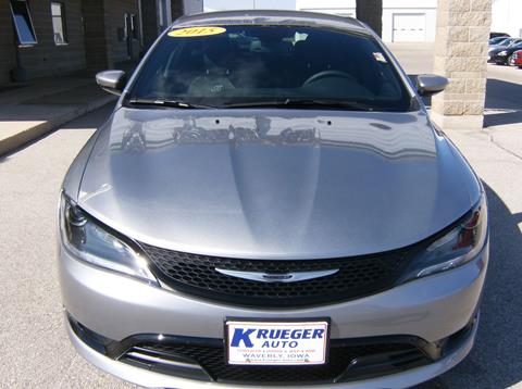 2015 Chrysler 200 for sale in Waverly IA