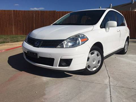 2009 Nissan Versa for sale at CARBLOK in Lewisville TX