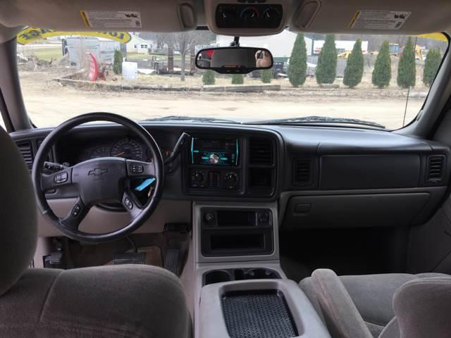 2004 Chevrolet Suburban 1500 LS 4WD 4dr SUV - Madison WI