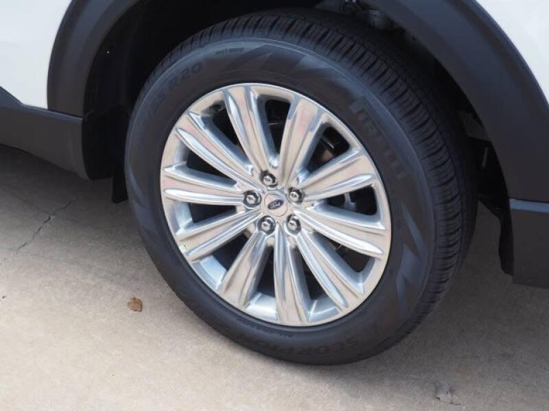 2020 Ford Explorer Limited (image 7)