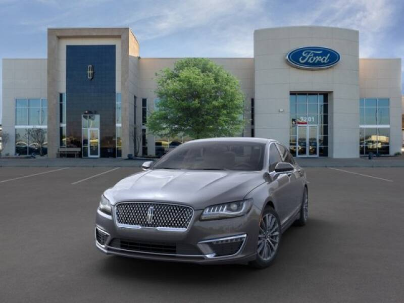 2020 Lincoln MKZ (image 2)
