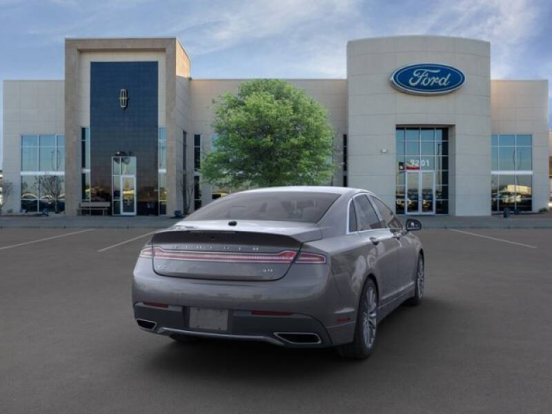 2020 Lincoln MKZ (image 8)