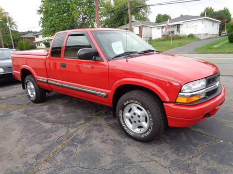 2000 Chevrolet S-10 for sale in Old Forge, PA
