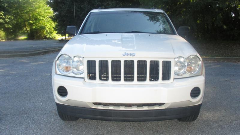 2006 JEEP GRAND CHEROKEE LAREDO 4DR SUV 4WD white air conditioning power windows power locks p