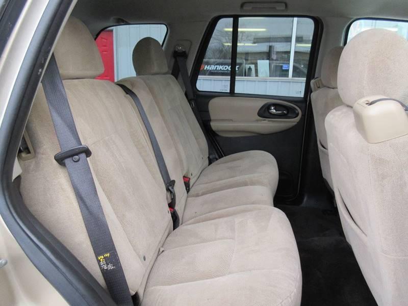 2006 Chevrolet TrailBlazer LS 4dr SUV 4WD w/1SA - North Tonawanda NY