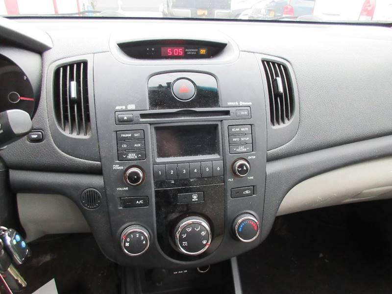 2010 Kia Forte EX 4dr Sedan 4A - North Tonawanda NY