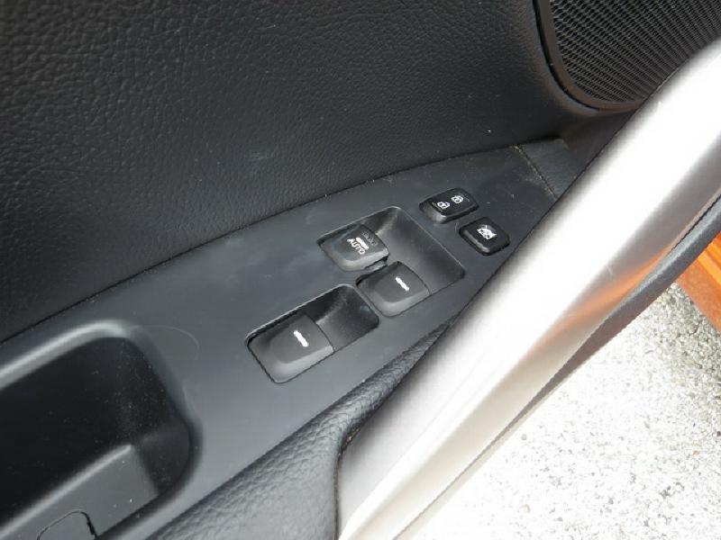 2013 Hyundai Veloster 3dr Coupe - Corpus Christi TX