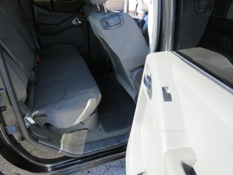 2011 Nissan Frontier 4x2 S 4dr Crew Cab SWB Pickup 5A - Corpus Christi TX
