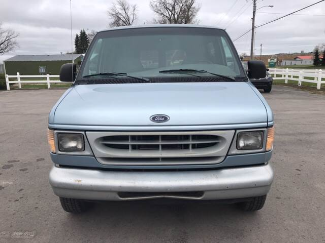 1998 Ford E-350 3dr XL Club Wagon Passenger Van In Lawrence