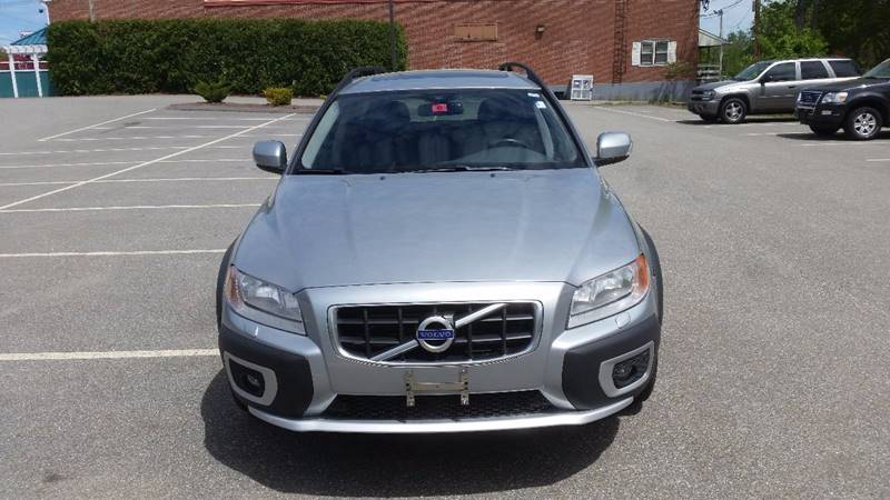 2010 Volvo XC70 AWD T6 4dr Wagon - Derry NH
