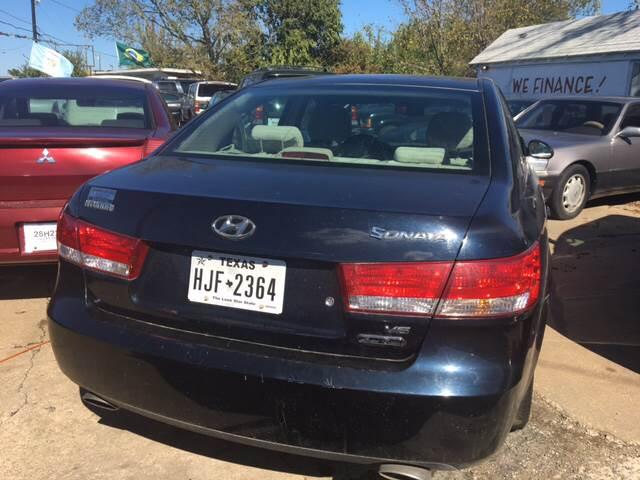 2006 Hyundai Sonata GLS V6 4dr Sedan - Denison TX