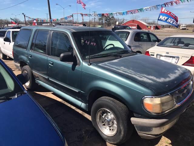 1995 Ford Explorer 4dr XLT 4WD SUV - Denison TX