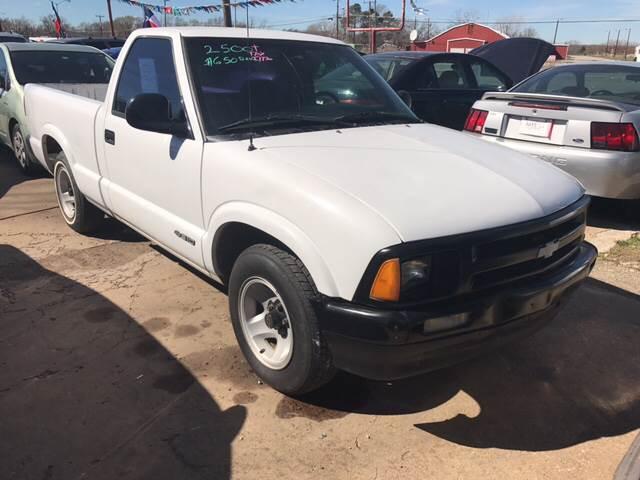1997 Chevrolet S-10 2dr Standard Cab SB - Denison TX