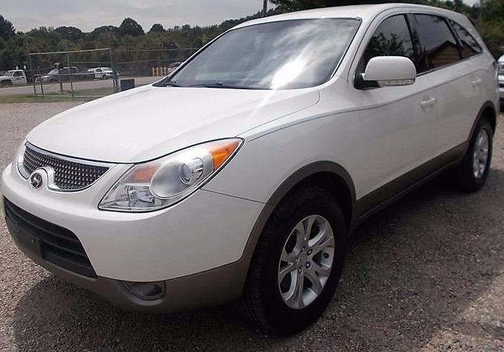 2008 Hyundai Veracruz for sale at Progress Auto Sales in Durham NC