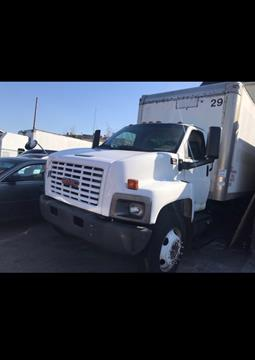 2005 GMC C7500 for sale in Newark, NJ