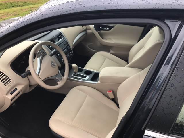2015 Nissan Altima 2.5 4dr Sedan - Foley AL