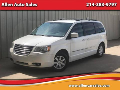 2010 Chrysler Town and Country for sale in Dallas, TX