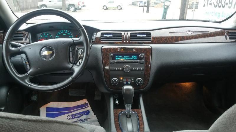 2009 Chevrolet Impala LT 4dr Sedan - Dallas TX
