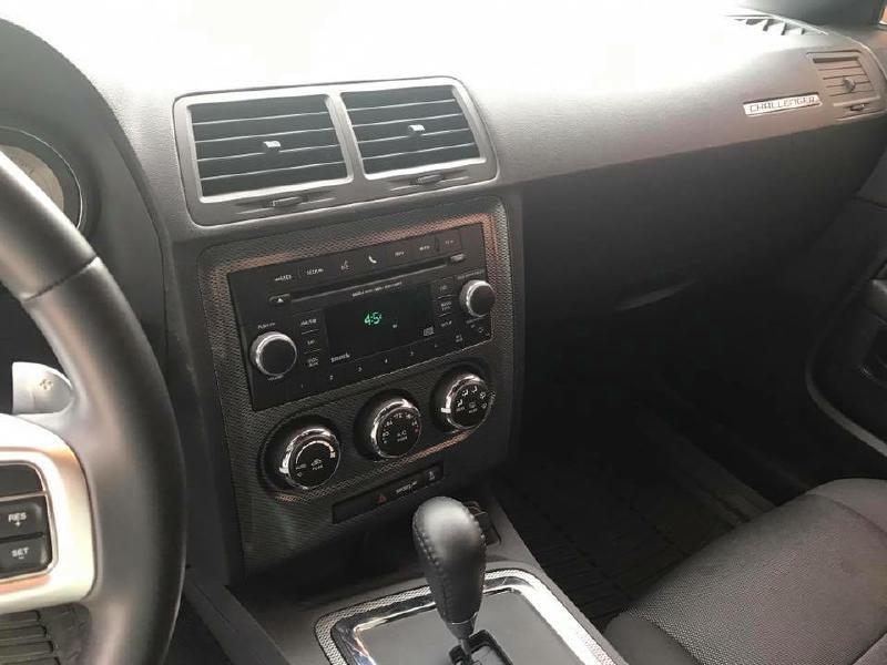 2013 Dodge Challenger R/T 2dr Coupe - Dallas TX