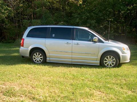 2012 Chrysler Town & Country Touring L for sale in Keymar, MD