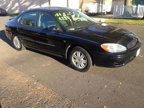 2004 Ford Taurus for sale in Linden, NJ