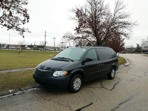 2006 Chrysler Town and Country for sale at Schaumburg Auto Group in Schaumburg IL
