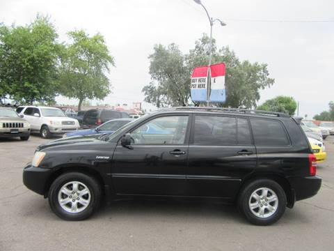2002 Toyota Highlander for sale at Valley Auto Center in Phoenix AZ