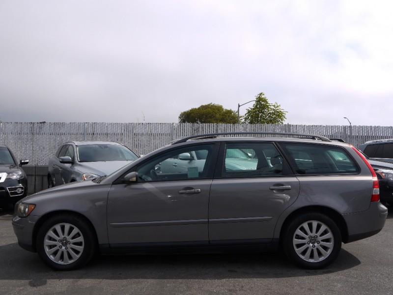 2005 Volvo V50 2.4i 4dr Sport Wagon - San Mateo CA