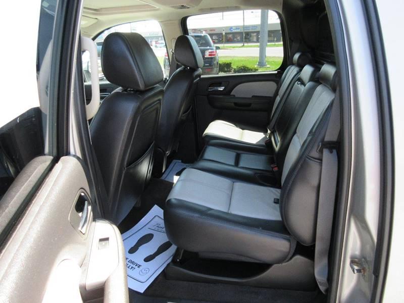 2008 Chevrolet Avalanche 4x4 LT 4dr Crew Cab SB - Fort Wayne IN
