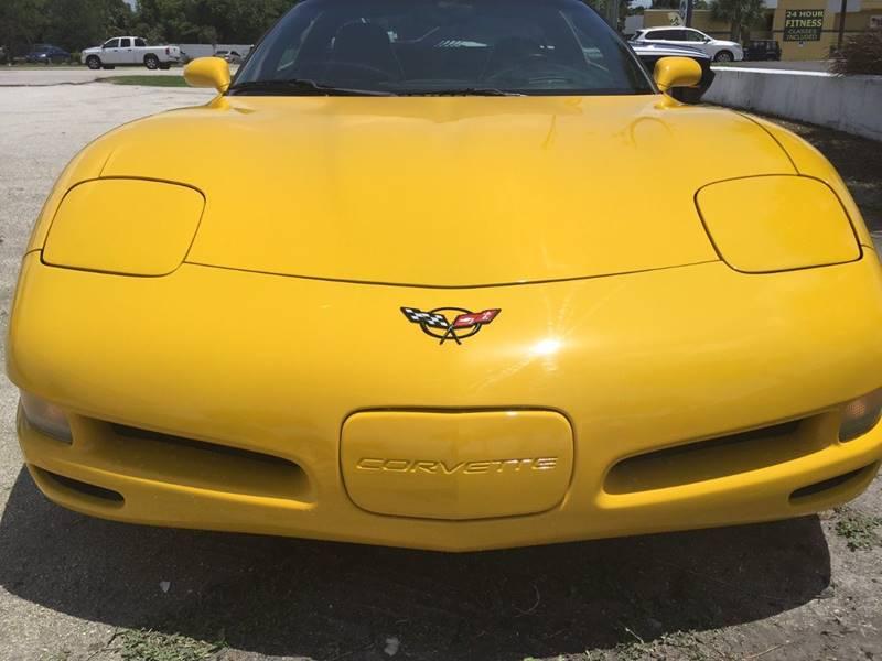 2001 Chevrolet Corvette 2dr Coupe - Englewood FL