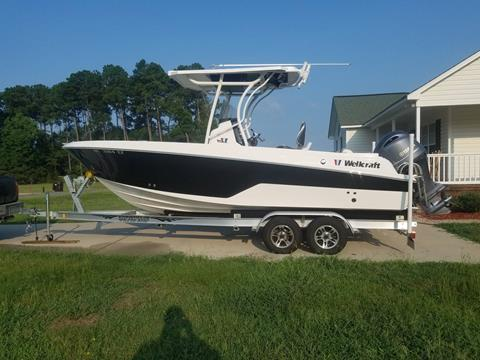 2017 Wellcraft 222F
