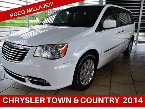 2014 Chrysler Town and Country for sale in Caguas, VI