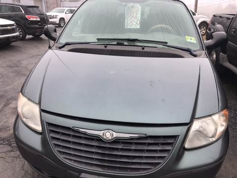 2002 Chrysler Voyager for sale in Bath, PA