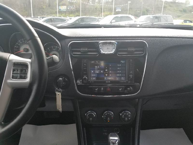 2014 Chrysler 200 for sale at U.S. AUTOMART INC. in Adamsburg PA