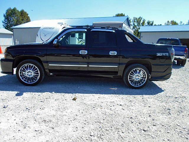 2003 chevy avalanche z66 wheel