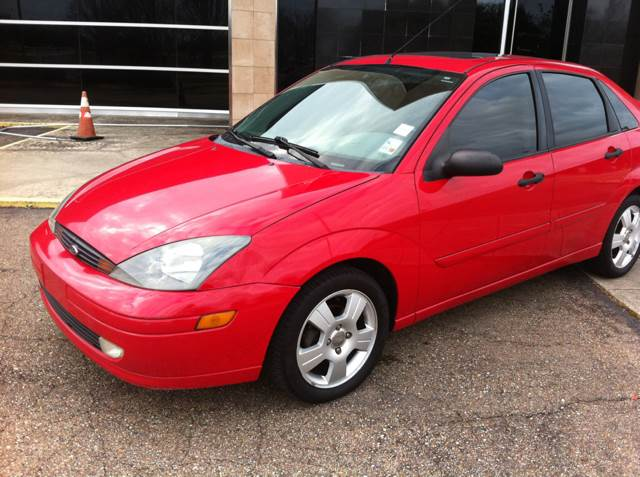 2004 FORD FOCUS SE 4DR SEDAN other 2004 ford focus sxt gas saver only 140k miles loaded leath