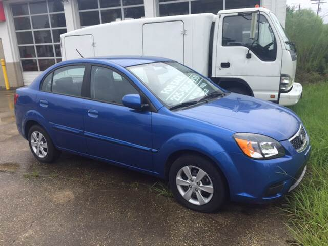 2010 KIA RIO LX 4DR SEDAN 4A blue this 2010 kia rio is clean and an extreme gas saver priced to