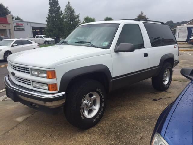 1994 CHEVROLET BLAZER SILVERADO 2DR 4WD SUV white this 1994 chevy tahoe z71 blazer 4x4 is a rare
