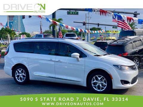2017 Chrysler Pacifica for sale in Davie, FL