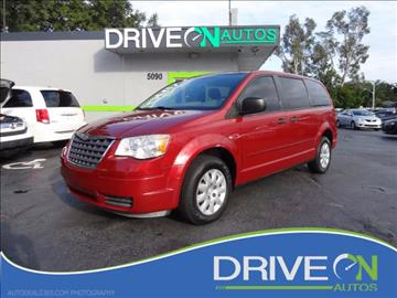 2008 Chrysler Town and Country for sale in Davie, FL