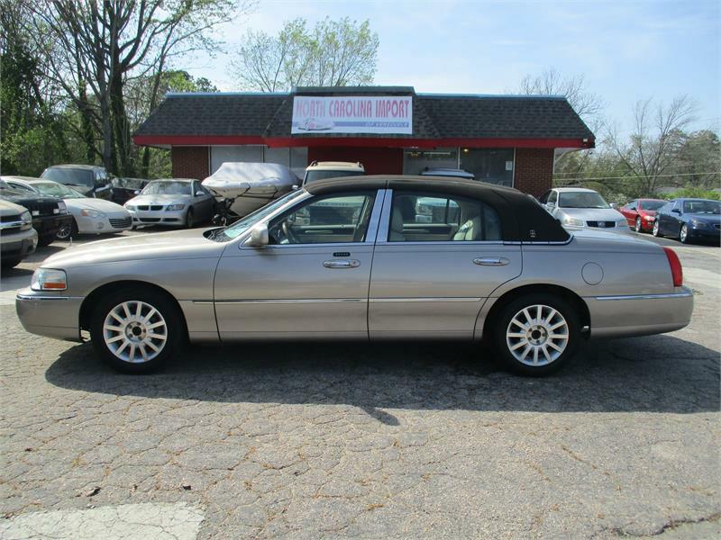 2003 Lincoln Town Car Signature 4dr Sedan In Raleigh Nc North