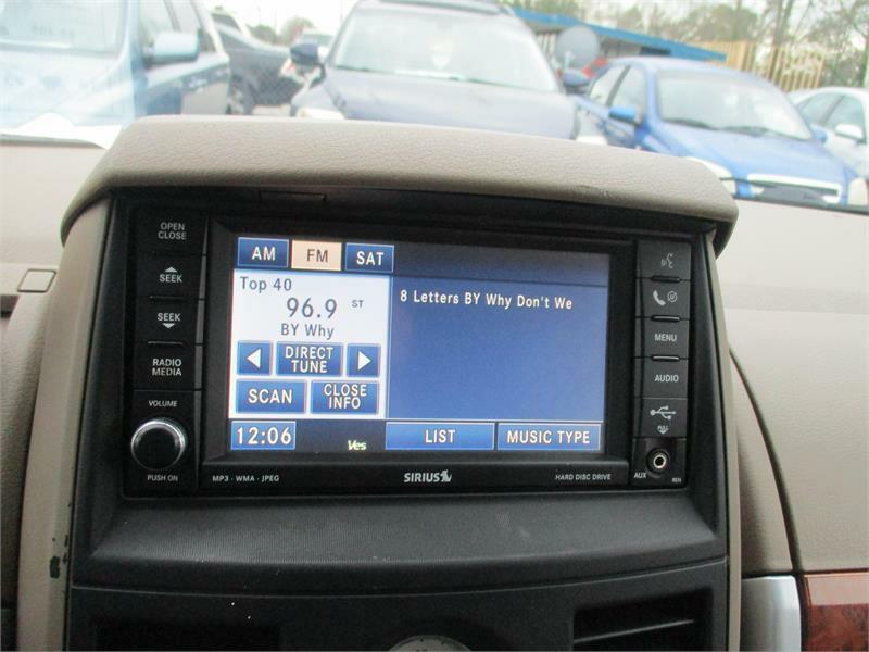 2008 chrysler town and country radio display not working