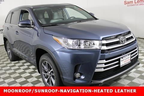 2019 Toyota Highlander for sale in Bloomington, IL