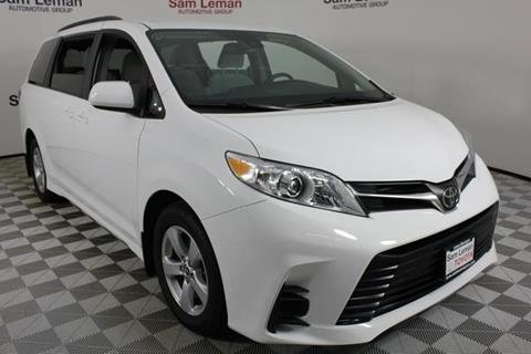 2018 Toyota Sienna for sale in Bloomington, IL